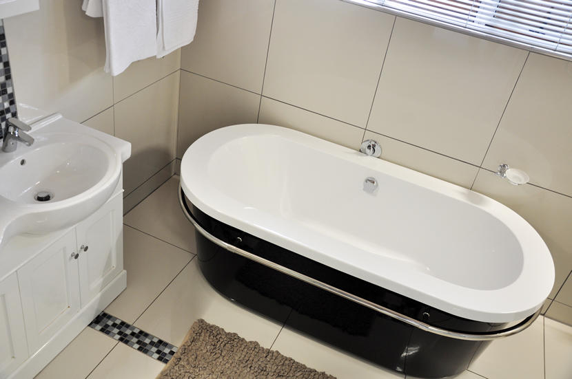 Leopard Bathroom tub